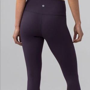 Wunder Under Dark Purple Legging